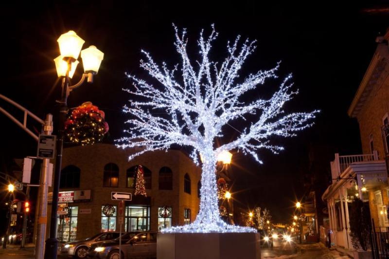 светодиодное новогоднее дерево